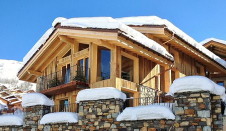 Courchevel - Chalet - 3 separate apartments for rent