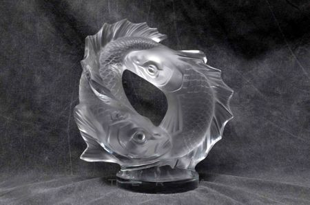 LALIQUE crystal sculpture fishes