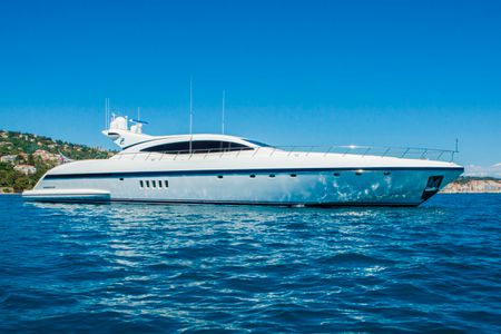 MY CRAZY TOO, 33.20m, 2005 Mangusta